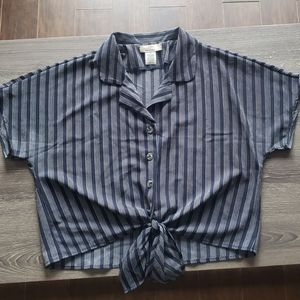 Women's Button Down Top with Tie Bottom | M